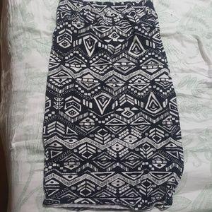 Black&white skirt
